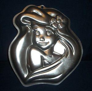 Wilton Ariel Disney Little Mermaid Cake Pan